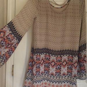 Blu Pepper Dresses - Flowy long sleeved short dress
